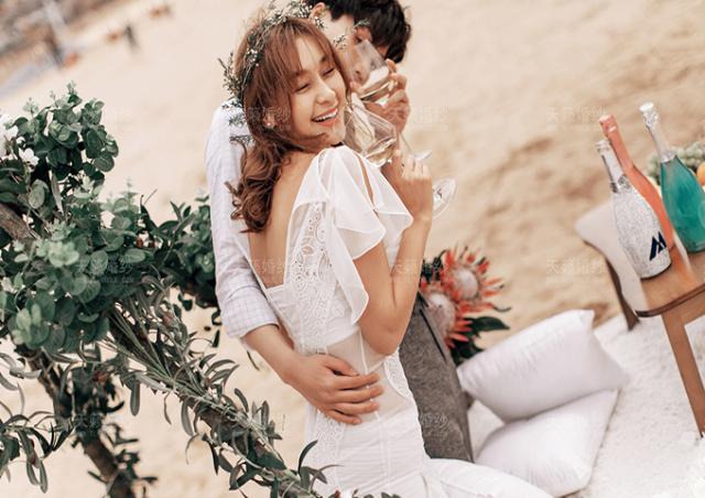 天籁婚纱摄影