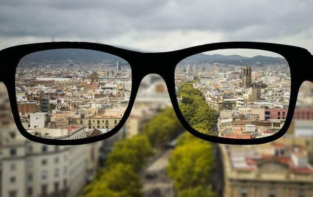日常近视矫正小方法,让近视眼慢慢恢复正常,不用再做视力矫正