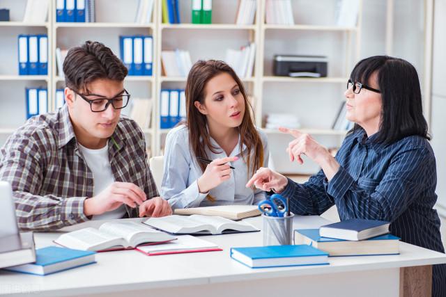 全国英语培训机构前十,选择英语教育培训机构的注意事项有哪些?