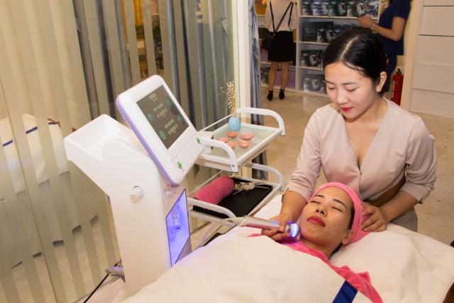 美容保养都有哪些项目,做脸部清洁一般价位是多少?