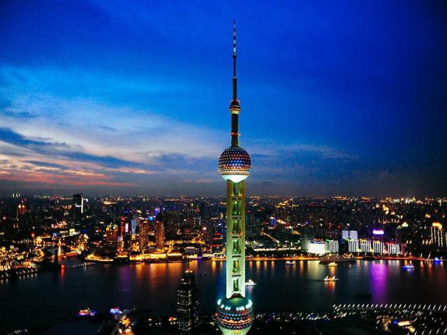 上海驾校学车一般多少钱,上海学车哪个驾校最靠谱?